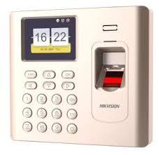 Máy chấm công Vân tay Hikvision DS-K1A802F-1